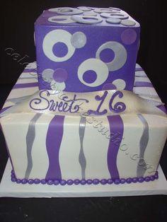 Cake Art Decor Zeitschrift Abo : Olivia the pig, present cake, kids cake, storybook cake ...