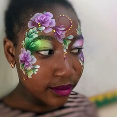 Doesn't she look amazing in 's purples and pearly greens! Thanks for letting us share your beautiful designs on our… Princess Face Painting, Girl Face Painting, Mask Painting, Face Painting Designs, Painting For Kids, Body Painting, Face Paintings, Easter Face Paint, Face Painting Flowers