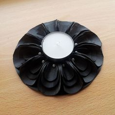 Tealight holder made from biketire