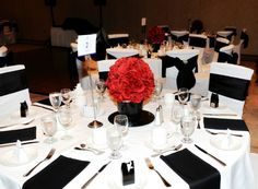 A Classic Black, White and Red Wedding in Dorchester, Ontario - TodaysBride.ca