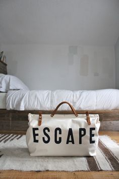 Weekend ESCAPE ..  Bag by Forestbound.