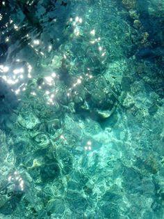 Turqoise water