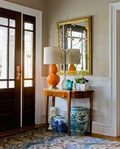 entryway by interior designer Katie Rosenfeld. The whole entryway is a bit much, but there are so many things I like about this! Fancy Living Rooms, Living Room Decor, Style At Home, Ginger Jar Lamp, Ginger Jars, Foyer Decorating, Decorating Ideas, Chinoiserie Chic, Interiores Design