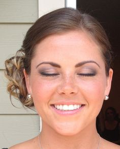 Airbrush Makeup Can Look As Natural If You Have Nothing On