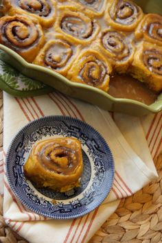 Pumpkin Cinnamon Rolls with Caramel Frosting - These look so darn delightful.
