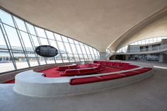 TWA Flight Center at the JFK International Airport. Architecture 101, Organic Architecture, Futuristic Architecture, Architecture Interiors, Twa Flight Center, Airport Design, Research Images, New York, Architecture