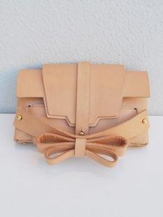 (3) Niels Peeraer : Niels Peeraer bow clutch | Sumally