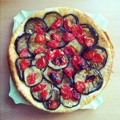 Homemade vegan focaccia. Lil tomatoes and eggplant :)