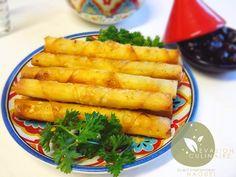Variations autour de la feuille de brick. Ici vous trouverez les recettes de plusieurs variantes de boureks algériens, bricks tunisiens, briouates, pastilla marocaines. Farce au poulet, viande hachée, crevettes, thon, pomme de terre, fromage, épinards, béchamel, merrguez, sardine...etc