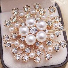 Crystals Flower Bouquet Brooch For Wedding Elegant Women Gift Brooch Pin