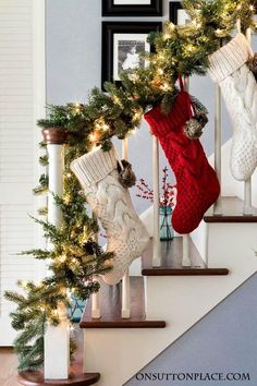 Christmas Entry Decor Garland Stockings Berries Easy ideas for decorating your foyer and stairway for Christmas Budget friendly and festive Christmas Staircase Decor, Noel Christmas, Outdoor Christmas Decorations, Christmas Stockings, Christmas Crafts, Christmas Budget, Staircase Decoration, Christmas Ideas, Homemade Christmas