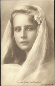 Princess Elisabeth of Romania (full name Elisabetha Charlotte Josephine Alexandra October 1894 – 14 November was a princess of Romania and member of the House of Hohenzollern-Sigmaringen and by marriage Queen consort of the Hellenes during Vintage Photographs, Vintage Images, Michael I Of Romania, History Of Romania, Romanian Royal Family, Victoria, Historical Pictures, Old Photos, The Past
