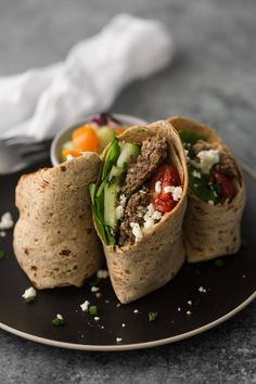 This mediterranean wrap is a flavorful and filling lunch that uses homemade lentil bites, feta, olives, and tomatoes. A perfect pack-ahead lunch. Tofu Sandwich, Sandwich Fillings, Mediterranean Wrap, Mediterranean Diet Recipes, Naturally Ella, Veggie Recipes, Healthy Dinner Recipes, Vegetarian Recipes, Healthy Lunches