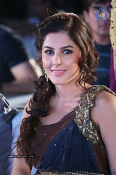 Isha Talwar at 'Gunde Jaari Gallanthayyinde' Movie Music Launch in Hyderabad Indian Baby, Telugu Movies, Clothes For Sale, Running Women, Hottest Photos, Erotic, Photoshoot, Actresses, Music