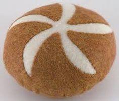 Felt Bread Bun