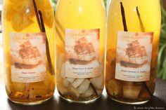 Rhum arrangé à la banane, à l'ananas, à la noix de coco ou à la vanille | Nana et Chocolat Cocktails, Drinks, Rum, Wine, Bottle, Food, Liqueurs, Chocolates, Drinking