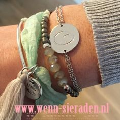 Ibiza armbandjes groen  http://www.wenn-sieraden.nl/armcandy-mint-groen---zilver #sieradenparty #sieraden #armcandy #armbandjes #kettinkjes #oorbellen #homeparty #ibiza #ibizafashion #gypsy #festival #boho #fashion #armparty #bracelets #jewelry #fashionlovers #style #summerfashion