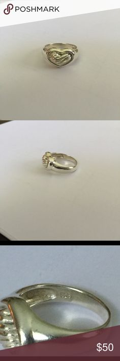 Sterling Silver Heart Ring 💖set in Sterling silver💖Hallmarked 925 SE💖size 7.5💖 Jewelry Rings