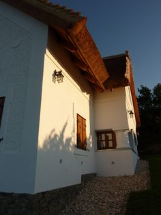 Balatonakali - tervező: Mérmű Építész Stúdió Cottages, Houses, Cabin, Country, House Styles, Home Decor, Homes, Cabins, Decoration Home