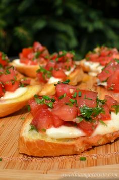 I went through a major bruschetta phase and tried many many recipes until I found the perfect one. This was originally Guy Fieri's but is slightly adapted to my taste after making it about a billion times. Cookingt time is marinating time. Cooking Bread, Cooking Recipes, Healthy Recipes, Best Appetizers, Mozzarella, I Foods, Food Videos, Sandwiches, Good Food