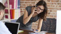 Werk je op kantoor? Dat betekent vaak dat je veel uren achter je bureau maakt en dus veel zit. Onderzoeken liegen er niet om: de effecten van langdurig zitten op je gezondheid zijn soms levensbedreigend. Zitten is slecht voor je. Kan je – in het bezit van een fulltime kantoorbaan – je zitgedrag nog veranderen?