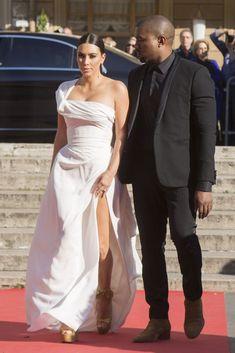 Kim Kardashian Street Style - Kim Kardashian Best Looks