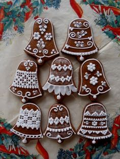 пряник | ЖЕНСКИЕ ИПОСТАСИ Cool Gingerbread Houses, Christmas Gingerbread, Rustic Christmas, Gingerbread Cookies, Ginger Cookies, Iced Cookies, Sugar Cookies, Christmas Biscuits, Honey Cake