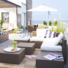 The IKEA ARHOLMA outdoor series – made of hand-woven plastic rattan – lets you combine individual pieces to create outdoor sofas, sectionals and footstools that suit your backyard, deck, patio or other outdoor space!