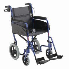 Silla ALU LITE. La silla de ruedas manual Alu Lite de Invacare une ligereza, resistencia y maniobrabilidad. Pensada para un fácil transporte, es perfecta para llevarla a todos lados, porque, al ser plegable, cabe perfectamente en el maletero del coche.