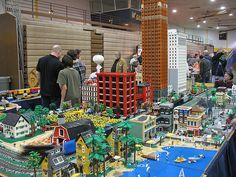 Michigan LEGO Train Club at Ann Arbor Train Show, Saline Michigan, February 20, 2011   Flickr - Photo Sharing!