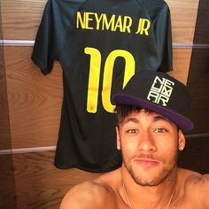 New obsession: Neymar Jr Cool sungalsses just need$24.99!!! website for you : www.glasses-max.com