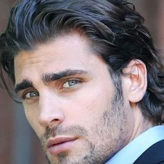 Chi è Mario Ermito - Come Fare Just Beautiful Men, Beautiful Men Faces, Cool Hairstyles For Men, Haircuts For Men, Dark Haired Men, Handsome Faces, Handsome Man, Stunning Eyes, Hair And Beard Styles
