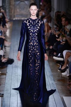 Valentino. Fall 2012 Couture. Italian Women gown.