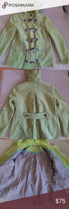 Boden womens green wool duffle coat size 8 EUC. 100% wool duffle toggle coat by Boden. US size 8, UK size 12  Length from shoulder seam to hem is about 26 inches Boden Jackets & Coats Pea Coats