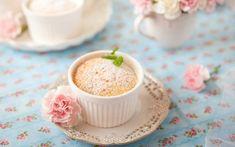 Πουτίγκα λεμονιού | Be2news Liqueur, Panna Cotta, Dairy, Keto, Pudding, Cookies, Ethnic Recipes, Sweet, Desserts