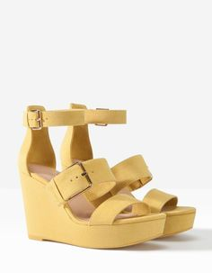 Platform wedges with buckle detail - ALL - WOMAN | Stradivarius Spain