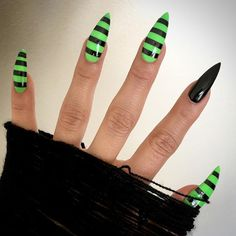 Lengthened, sharpened, stripened and brightened. New subtle nails from Lisa Bars Lengthened, sharpened, stripened and brightened. New subtle nails from Lisa Bars. Holloween Nails, Halloween Acrylic Nails, Cute Acrylic Nails, Halloween Nail Designs, Cute Halloween Nails, Goth Nails, Grunge Nails, Goth Nail Art, Stiletto Nails