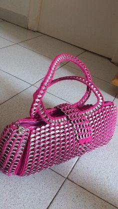 Bolso rosa de anillas