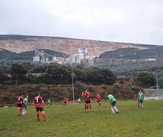 Santacara: Castillo de Tiebas - Santacara Soccer, December, Castles, News, Futbol, European Football, European Soccer, Football, Soccer Ball