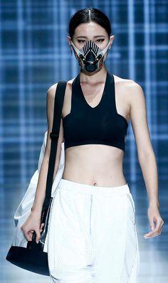 Yin Peng's face mask fashion|Album|Photos|WantChinaTimes.com