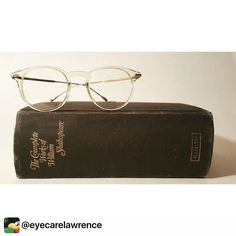 A Little Light #monday reading! #samaeyewear Modern yet classic.  #samaeyewear #eyecarelawrence #downtownlawrence #lfk #eyewear #shakespeare #tobeornottobe #booknerd #optician #optometry #classiceyewear