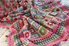 Ravelry: CherryHeart's Dolly Mixtures Blanket - beautiful