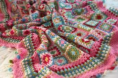 Ravelry: CherryHeart's Dolly Mixtures Blanket - beautiful