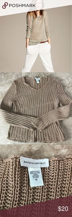 Get the LOOK! Banana Republic looses weave V neck camel color sweater. Great for layering over a denim shirt or wearing alone with a great scarf. This is the perfect neutral for Fall. Mixes well with winter white or Denim! Banana Republic Sweaters V-Necks