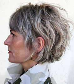 65 Gorgeous Gray Hair Styles - My Style - Short Shaggy Bob with Gray Highlights - Medium Thin Hair, Medium Hair Styles, Short Hair Styles, Shaggy Bob Hairstyles, Hairstyles Over 50, Hairstyles Men, Hairstyles Pictures, American Hairstyles, Oval Face Hairstyles Short