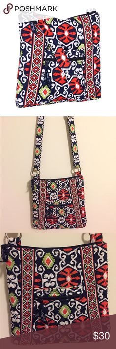 """Vera Bradley Hipster Crossbody in Sun Valley. Adjustable shoulder strap and front double slip and zip pockets. Three easily accessible inner slip pockets and a zip pocket. Zip pocket on the back. 10 ¾"""" W x 11"""" H x 1 ¾"""" D with 52"""" adjustable strap. Vera Bradley Bags Crossbody Bags"""