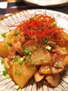 「劇うまっ♪ 黒糖で炒め煮 豚バラ大根」お出汁は一切使いません、大根から出た水分で煮るだけで激ウマな炒め物になります。【楽天レシピ】