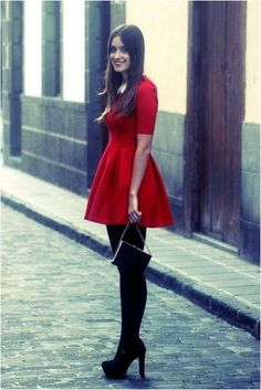 Nice Simple And Elegant Christmas Day Outfit Ideas For Women Holiday Outfits Women, Cute Christmas Outfits, Fall Outfits, Christmas Ideas, Rock Outfits, Couple Outfits, Edgy Outfits, Cute Red Dresses, Short Dresses