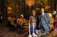 Visite du magnifique appartement du comte et de la comtesse Hubert et Isabelle d'Ornano, fondateurs de la marque de parfums et cosmétiques Sisley, dans un des plus beaux immeubles du quai d'Orsay à Paris : quand le somptueux se marie à l'histoire familiale...
