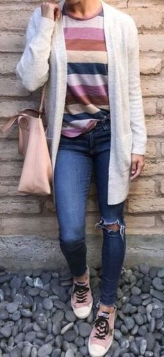 Cardigan Cute Outfits With Jeans, Cute Teen Outfits, Outfits For Teens, Casual Outfits, Chilly Day Outfit, Cardigan Outfits, Classy Casual, Preppy Style, Fall Winter Outfits